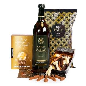 Wijn kerstpakket verpakt in een luxe geschenkkoker